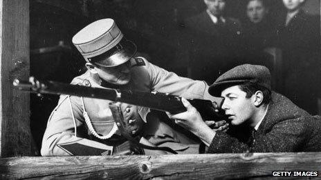 Gun training (1938)