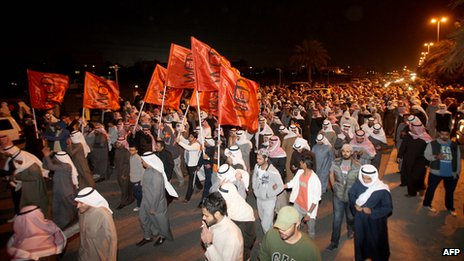 Supporters of former MPs take to the streets near Kuwait City 6 February 2013