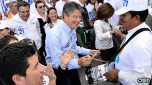 Guillermo Lasso on the campaign trail