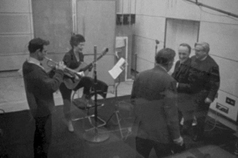Dillwyn Owen, Mari Griffith a Ryan Davies