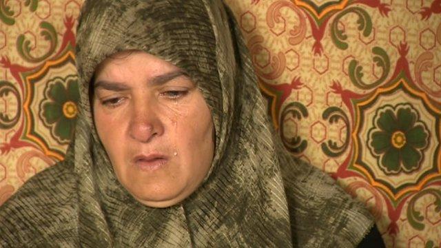 Syria refugee crying