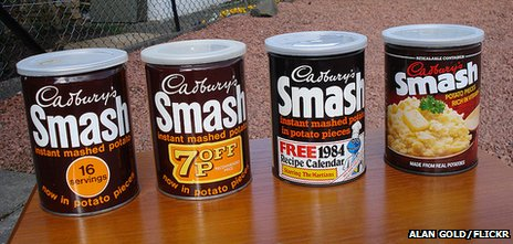 Smash cans - two from 1970s, left, and two from the 1980s (photo by Alan Gold/Flickr