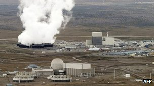 The Columbia generating station - a nuclear power plant inside the Hanford site. Photo: 2011