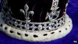 Koh-i-Noor diamond on Queen Mother's crown
