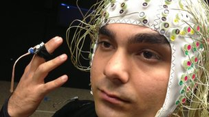 Researcher demonstrates brain-modelling technology