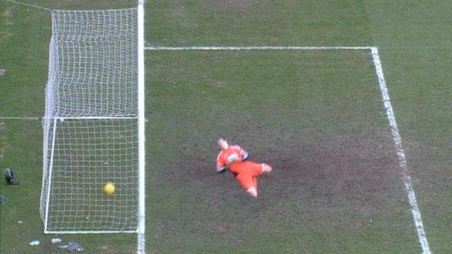 Outrageous goalline gaffe costs Hibs