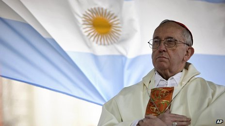 Cardinal Bergoglio performs Mass in Buenos Aires in 2009
