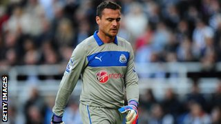 Newcastle goalkeeper Steve Harper