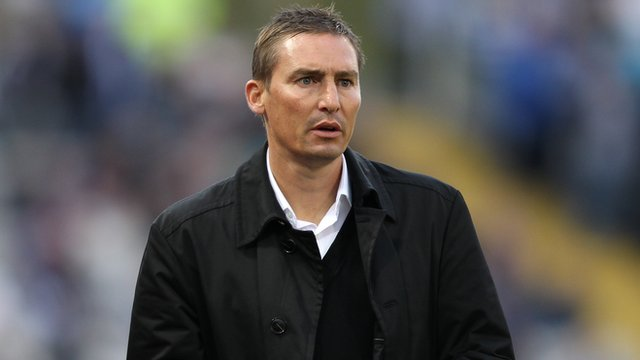Aldershot manager Andy Scott