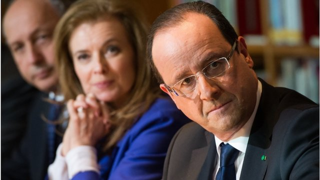 "French President Francois Hollande (R) attends a meeting with local civil society members at the Kingdom of Morocco""s National Library in Rabat"