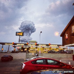 Plume of smoke from the blast at West, Texas. 17 April 2013