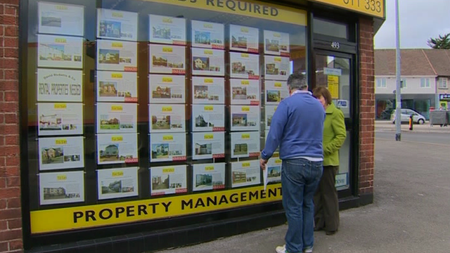 Ian Roblin looks at properties for sale