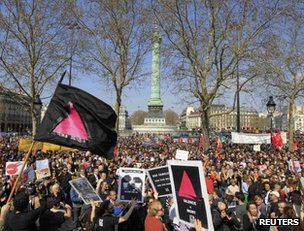 Demonstrators in support of gay marriage in Paris, 21 April