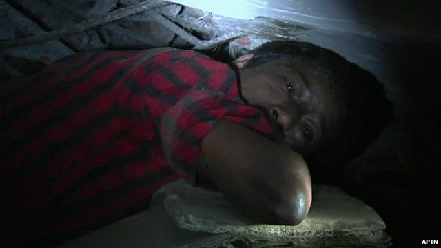 Man trapped in rubble in Dhaka