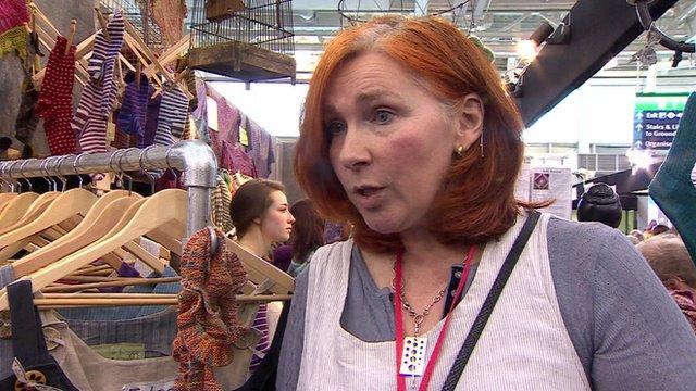 Linda de Ruiter of Tall Yarn 'n Tales