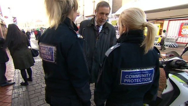 Nottinghamshire's PCC Paddy Tipping talking to PCSOs