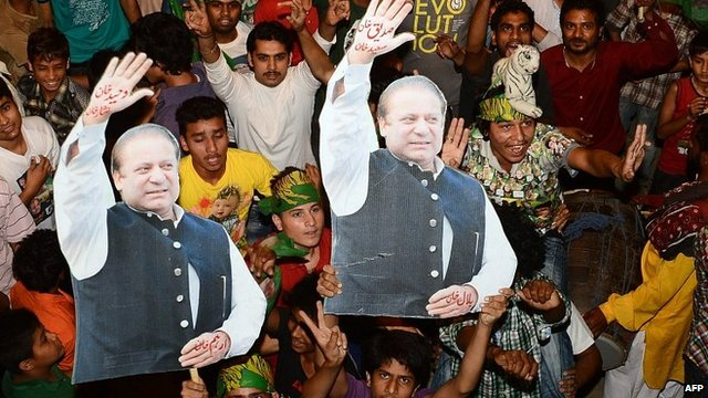 Supporters of Nawaz Sharif celebrate in Lahore. 12 May 2013