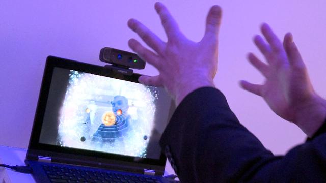 A man uses Intel's 'perceptual computing'