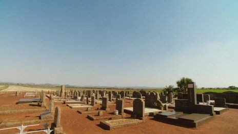 A graveyard near Geluik