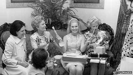 Daughter of former US President Richard Nixon, Tricia, at a bridal shower on 26 May 1976