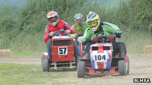 Mower racing