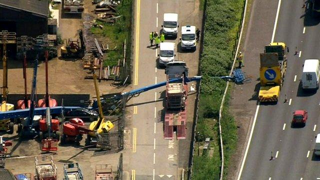 Cherry-picker crash on M25