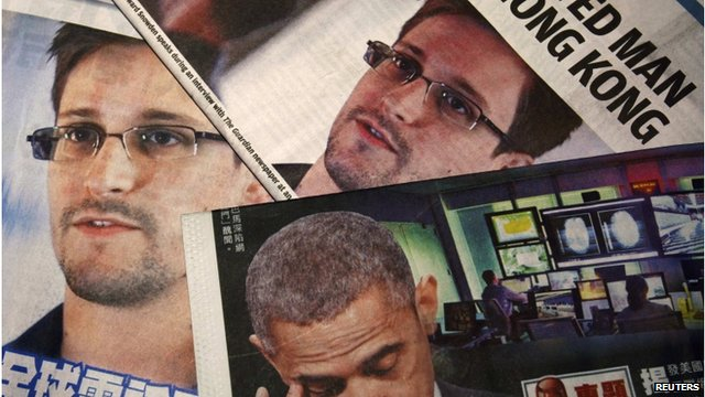 Newpapers showing articles on Edward Snowden