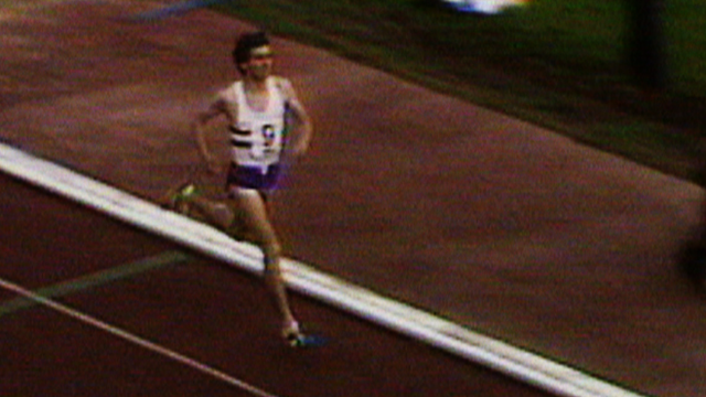 Lord Coe breaks the world mile record in 1979
