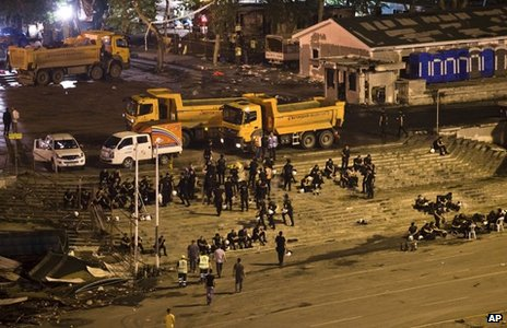 Aftermath of police operation to clear Istanbul's Gezi Park (15 June 2013)
