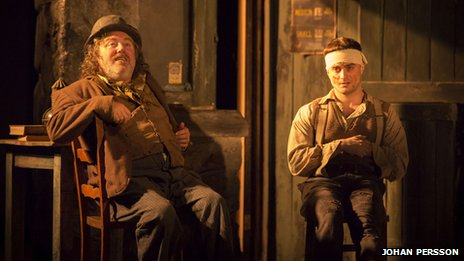 Pat Shortt (Johnnypateenmike) and Daniel Radcliffe (Billy) - photo by Johan Persson