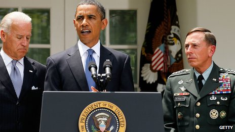 Obama, with Vice President Biden and Gen David Petraeus