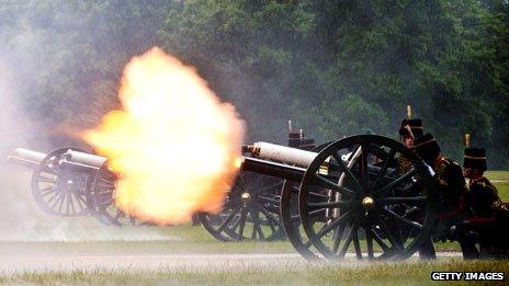 Gun salute in Hyde Park