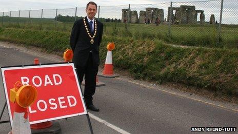 The Mayor of Amesbury, Ian Mitchell, on the A344