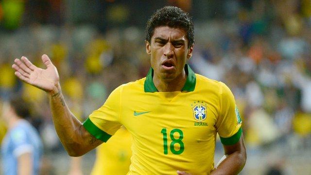 Paulinho celebrates