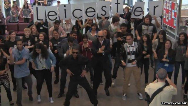 Keith Vaz dances Gangnam style