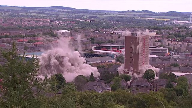 Two buildings demolished in Dundee