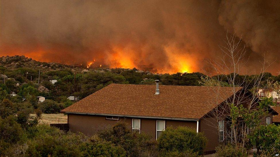 Fire burns in Yarnell (30 June 2013)