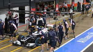 Williams pit stop at the British Grand Prix