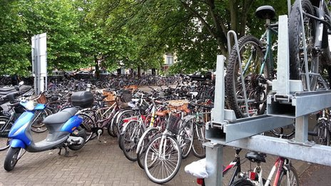 Cycle park at Cambridge Railway Station