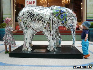 Mirrored Go Elephant by Kate Munro