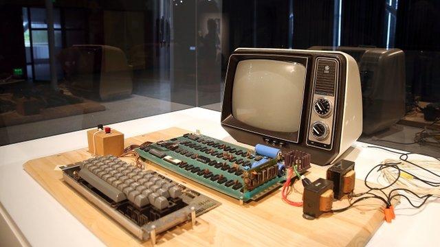 Apple-I computer, built in 1976