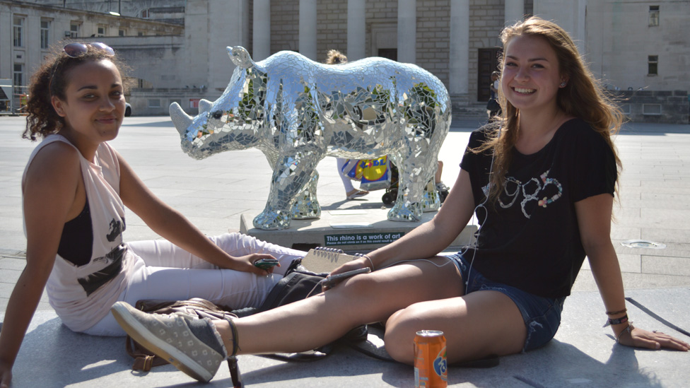 Girls with Rhino in Guildhall Square