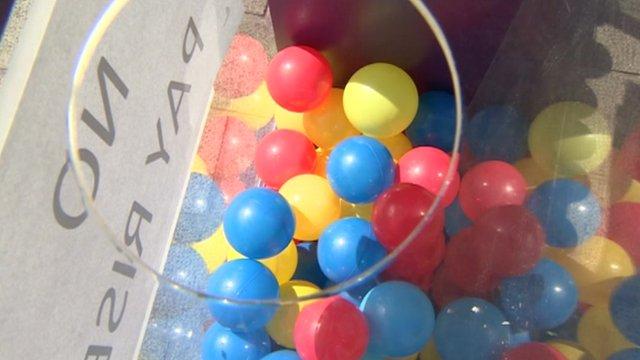 Mood box balls