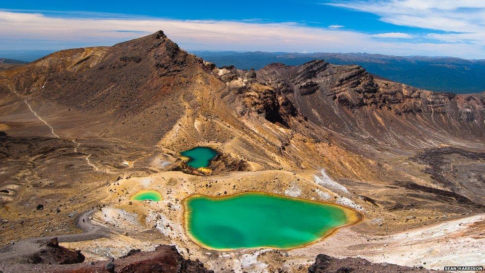 Emerald Lakes in Tongariro National Park, New Zealand