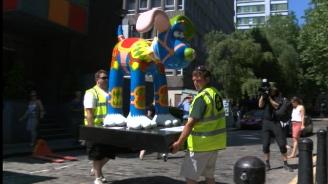 A giant Gromit sculpture which was ripped from its plinth and vandalised has been repaired.