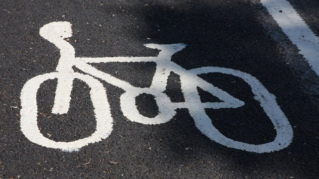 Cycle logo painted on cycle lane