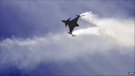 Saab Gripen takes to the air at the Farnborough Air Show, July 17th 2006