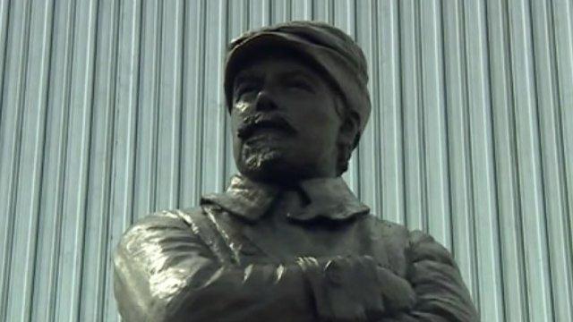 Samuel Franklin Cody statue