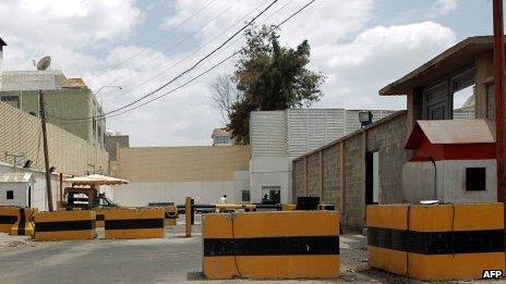 Roadblocks outside the Dutch embassy in Sanaa 08/08/2013