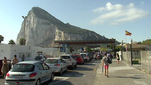 Border queues from Spain into Gibraltar
